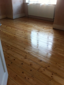 Floorboard Sanding Pine Boards